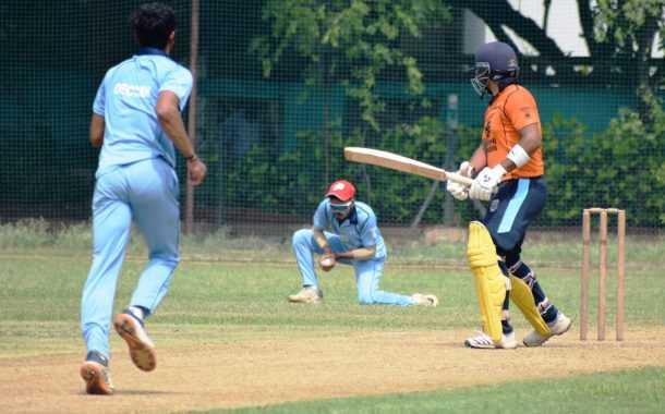 दोशी इंजिनियर्स करंडक आंतरक्लब 25 वर्षांखालील निमंत्रित क्रिकेट स्पर्धेत व्हेरॉक वेंगसरकर क्रिकेट अकादमी संघाचा सलग तिसरा विजय