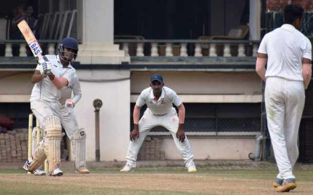 चौथ्या पीवायसी गोल्डफिल्ड राजू भालेकर स्मृती करंडक निमंत्रित 19 वर्षाखालील गटाच्या तीन दिवसीय क्रिकेट स्पर्धेत युनायटेड स्पोर्ट्स क्लबचा डेक्कन जिमखाना संघावर दणदणीत विजय