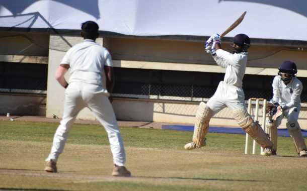 चौथ्या पीवायसी गोल्डफिल्ड राजू भालेकर स्मृती करंडक निमंत्रित 19 वर्षाखालील गटाच्या तीन दिवसीय क्रिकेट स्पर्धेत पहिल्या डावात केडन्स संघाची 67 धावांची आघाडी; व्हेरॉकचे पूना क्लबवर वर्चस्व
